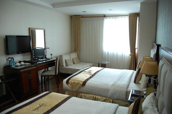 Signature Saigon Hotel : Room