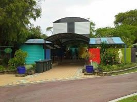 BIG4 Emu Beach Holiday Park: BBQ Undercover Area