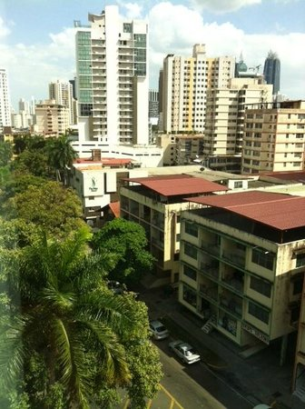 Grand International Hotel : Vista do quarto standard