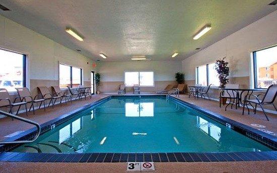 Best Western Mt Pleasant Inn Indoor Pool