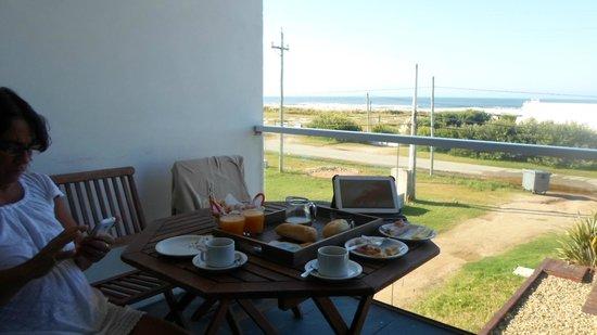 Zen Boutique Apart Hotel: desayunando en la terraza