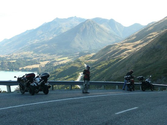 South Pacific Motorcycle Tours - Day Tours: Road to Glenorchy