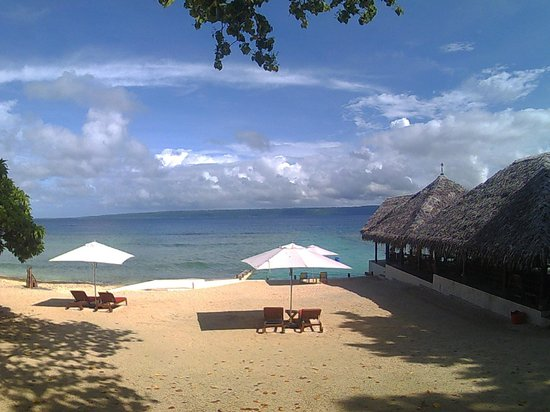 CoCo Beach Resort : Beach cleaned every monring