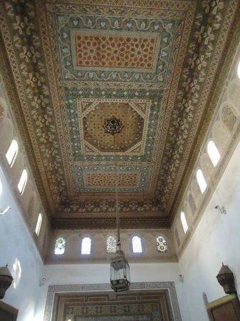 Palais de la Bahia : Hand painted ceiling!