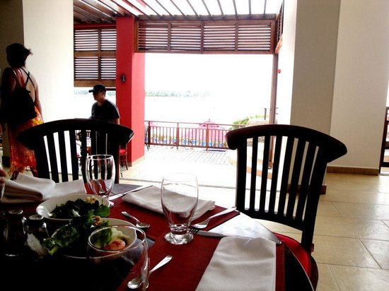 Royal Decameron Mompiche: Myriad of food from morning buffet