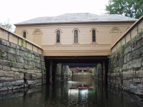 Lowell National Historical Park: Deep in the canal