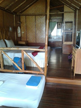 Nara Garden Beach Resort: Room 102