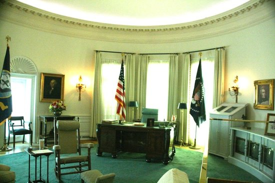 LBJ Presidential Library: A reproduction of the oval office in LBJ's era