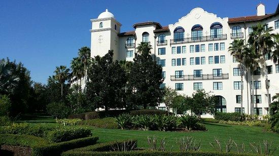 Hard Rock Hotel at Universal Orlando : Outside of Hotel