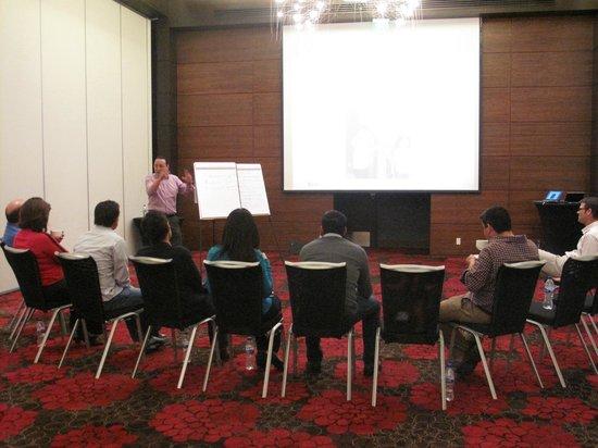 JW Marriott Hotel Mexico City Santa Fe: Trabajando con el equipo
