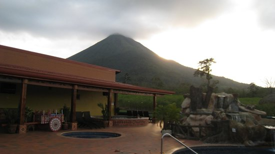 HOTEL LA PRADERA: the view from the pool
