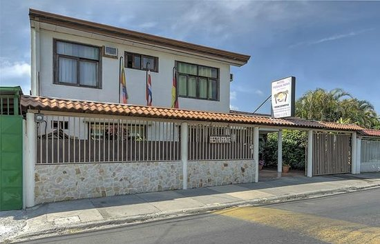 Hotel Casa Alegre / Posada Nena: Die Posada Nena von der Straße