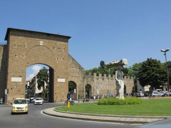 Porta Romana Picture Of Porta Romana Florence Tripadvisor