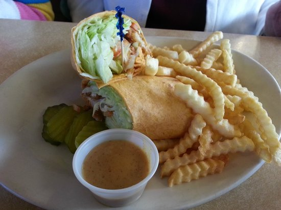 Chefo's Pancake House: Chicken Wrap
