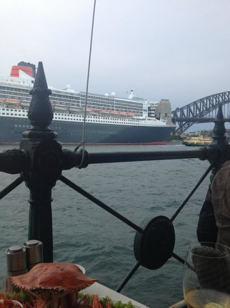 Sydney Cove Oyster Bar: Queen Mary 2