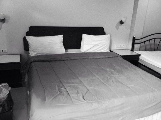 Kasemsuk Guesthouse : 1 of 2 beds