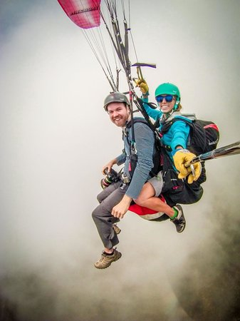 Paragliding Panajachel: Playing in the clouds