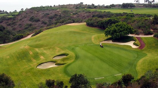 The Resort at Pelican Hill: golf course