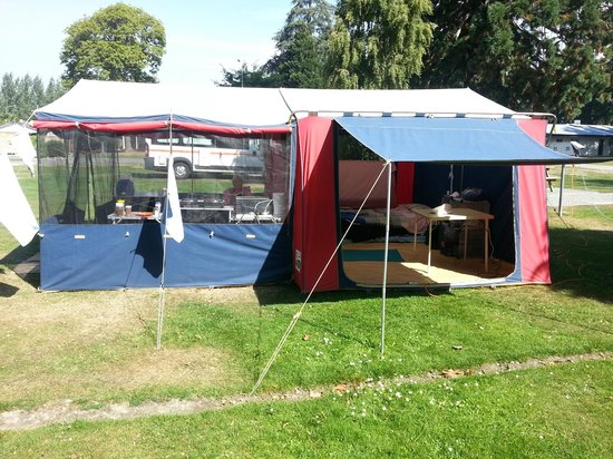 Geraldine Top 10 Holiday Park: Out tent
