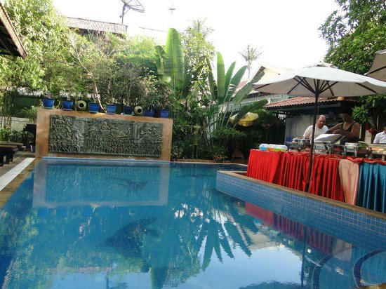 Tan Kang Angkor Hotel: clean swimming pool