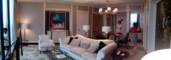 The Trans Luxury Hotel Bandung: living room (Celebrity room type)