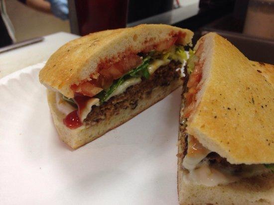 Villa Grande Pizzeria: Homemade burgers