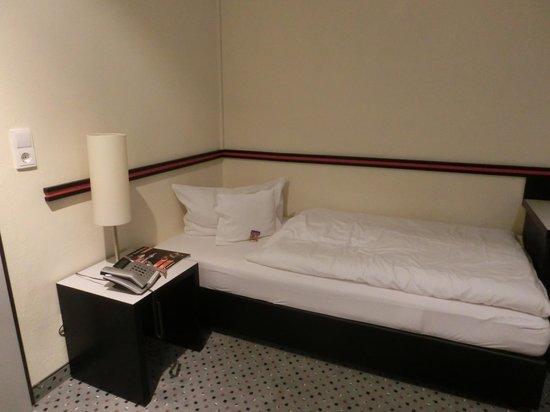 Hotel Burgcafe: 部屋の中