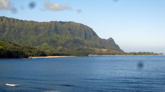 St. Regis Princeville Resort: Gorgeous view of Bal Hai from Makaha Terrace