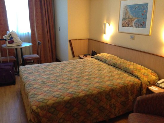Windsor Plaza Copacabana Hotel: quarto confortavel