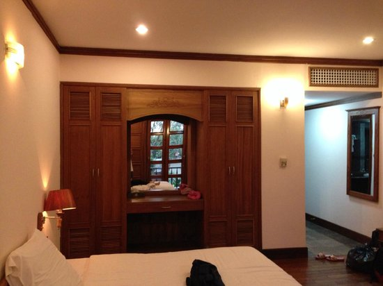 Royal Hotel & Healthcare Resort Quy Nhon : room