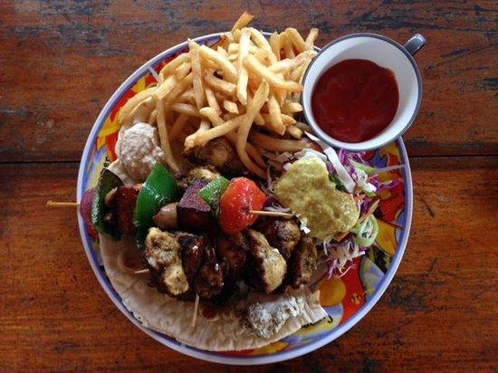 Pink Elephant Hotel and Restaurant: Amazing Chicken Platter