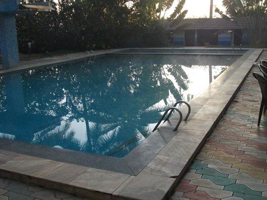 Stay Simple - Raj Gardenia: Swimming Pool