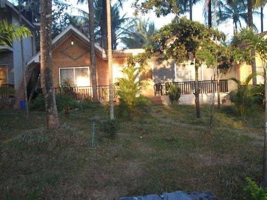 Stay Simple - Raj Gardenia: Cottages