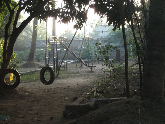 Stay Simple - Raj Gardenia: Play Area