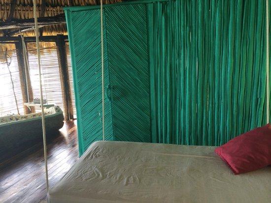 Azulik: Inside hanging bed, bath tube and toilet walls.