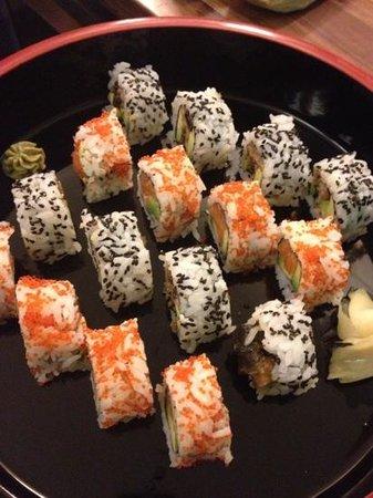 Yamato Sushi Bar : uramaki