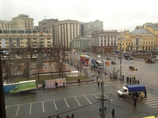 Hotel Metropol Moscow : View (one of two) from room: Revolution Square