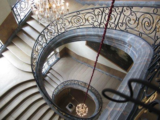 Musée des Beaux-Arts de Nancy : лестница