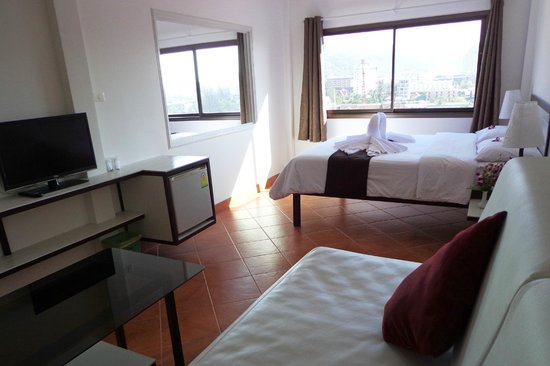 Swiss Villas Panoramic : Deluxe Room With Sea & Mountain View
