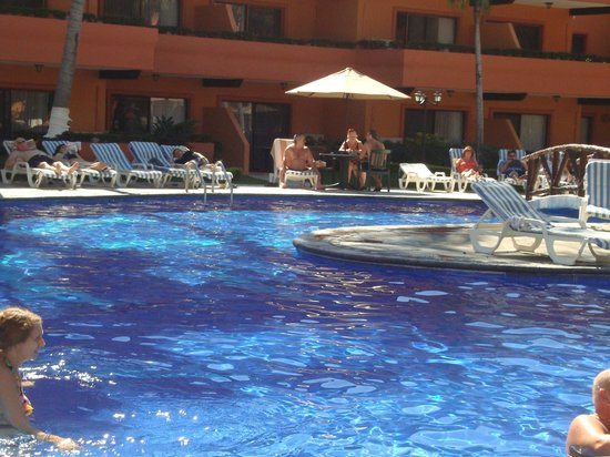 Villa del Palmar Beach Resort & Spa: quiet pool