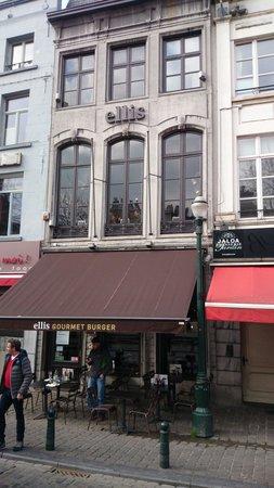 Ellis Gourmet Burger - Place St Catherine : Entrata