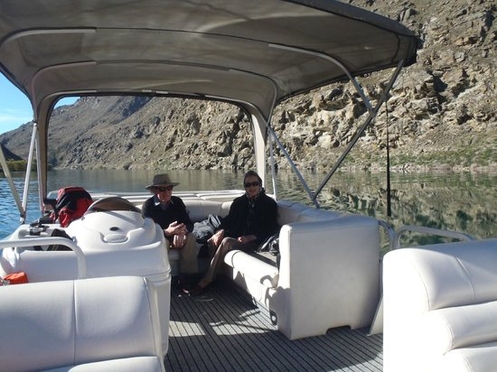 Clutha River Cruises - One Day Cruise : Cruising the historic Roxburgh gorge