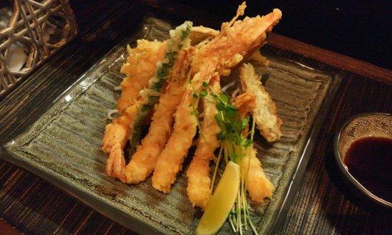 Izakaya Geisha Japanese Restaurant: Prawn tempura