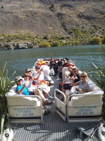 Clutha River Cruises - One Day Cruise : Happy customers.