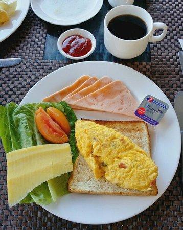 The Klagan Hotel: Breakfast of the hotel