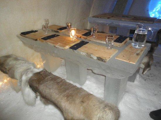 Arctic SnowHotel & Glass Igloos: Restaurant
