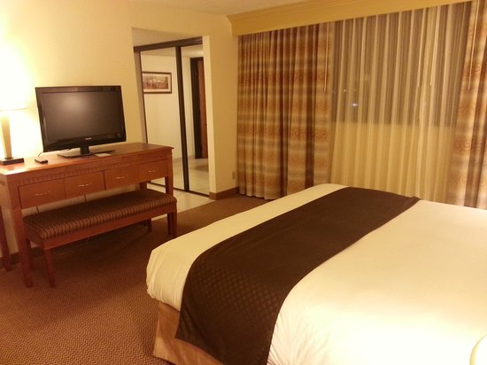 DoubleTree Suites by Hilton Hotel Seattle Airport - Southcenter: Sleeping room