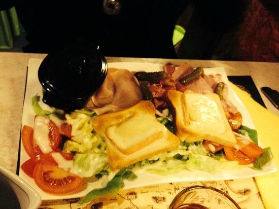Au Chat Qui Lit : la salade Hercule
