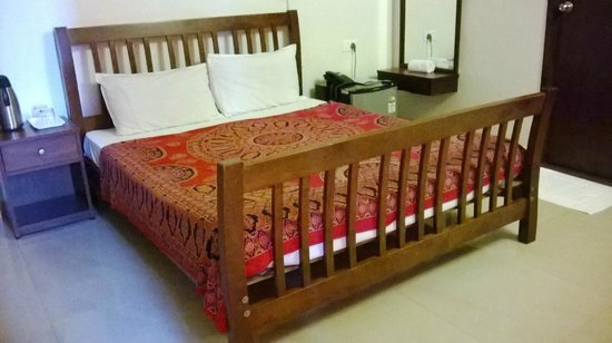Pondicherry Executive Inn Pvt Ltd: The room