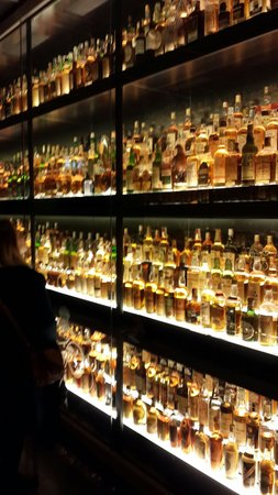 The Scotch Whisky Experience: World of Malts